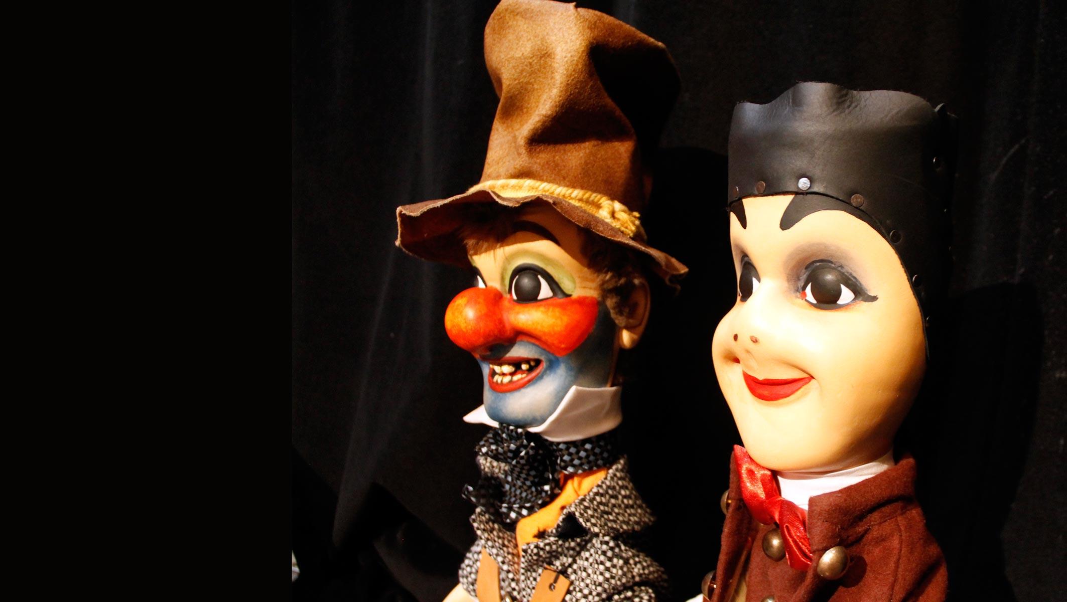 sculpteurs de marionnettes professionnels