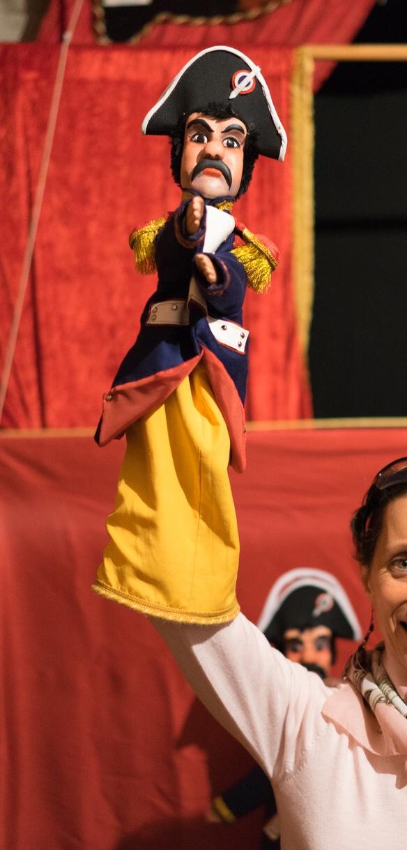 Fabrication marionnette gendarme